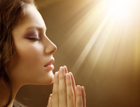фото молящиеся жены2